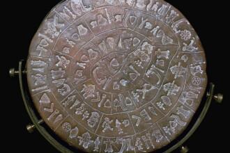 Oamenii de stiinta s-au chinuit 100 de ani sa descifreze acest cod. Ce scrie pe faimosul Disc din Phaistos