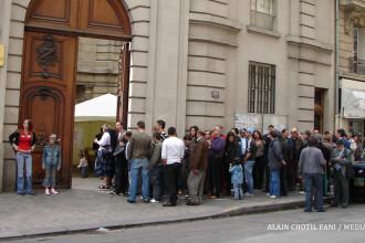 Romanii din diaspora se plang ca au prea putine sectii de votare. La ultimele alegeri prezidentiale ei au decis rezultatul