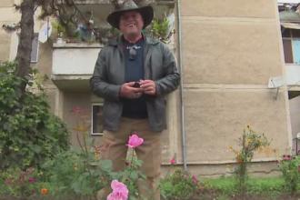 Pensionarul care da culoare orasului sau. Cum vrea Primaria sa-l recompenseze dupa ce a plantat mii de flori pe cheltuiala sa