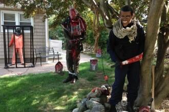 Cum si-au decorat niste americani casele de Halloween, inspirati de ISIS.