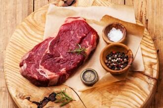 Cat de periculoasa este carnea in aceasta perioada. Chiar si mezelurile pot provoca boli mortale