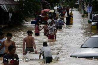 Filipine, devastat de Taifunul Koppu. Vantul a suflat cu peste 200 de km/h, iar zeci de mii de oameni si-au abandonat casele