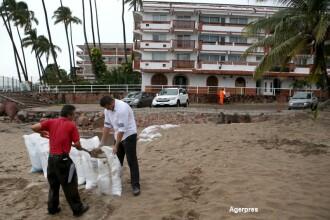 Cel mai puternic uragan din istoria Americii se deplaseaza cu 325 de km/h. Tara care se pregateste de o potentiala catastrofa