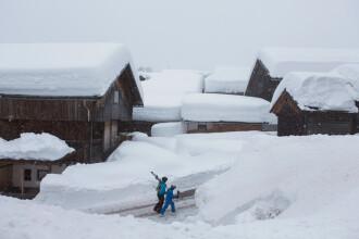 Cum a ajuns James Bond intr-un sat de munte cu nici 700 de suflete.