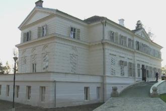 Castelul Regal de la Savarsin, inaugurat in cinstea Regelui Mihai, dupa 8 ani de reparatii. Cat a costat restaurarea