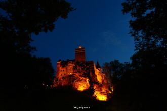 Johnny Depp si Alice Cooper au facut reclama castelului Bran.