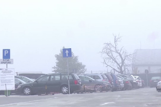 Codul galben de ceata a blocat traficul aerian la Cluj. Patru avioane au asteptat sa decoleze mai bine de 4 ore
