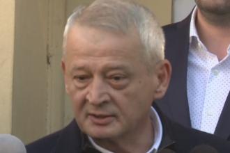 Incident la tribunal, in procesul lui Sorin Oprescu. Cine trimitea din sala mesaje in timp real catre denuntatori
