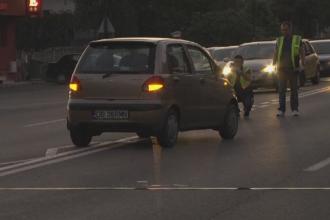 Femeie lovita in plin de o masina, pe trecerea de pietoni, in Targoviste. Cine se afla la volan