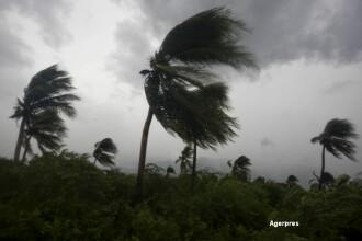 Un mort si un disparut, dupa ce Uraganul Matthew a lovit zona Caraibelor.