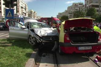 Un taximetrist din Craiova a provocat joi seara un grav accident. Barbatul a ajuns in coma la spital