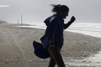 Uraganul Matthew a fost retrogradat la