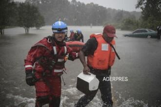 Uraganul Matthew a devastat sudul Statelor Unite. 17 morti, 2 milioane de cladiri fara curent, mii de case sub apa