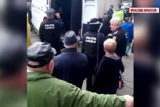 940 de kilograme de legume si fructe, expuse in fata magazinelor, au fost confiscate in Cluj.