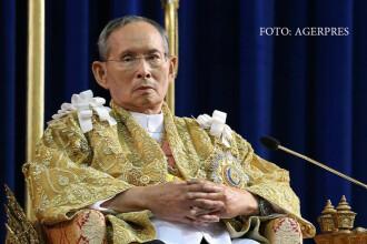 Regele Thailandei a murit dupa o domnie de 7 decenii. Guvernul a decretat UN AN de doliu national