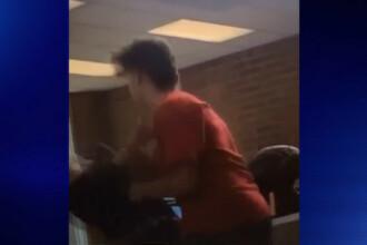 Doi elevi americani au avut o disputa, iar la un moment dat unul l-a lovit cu cotul. Starea in care a ajuns victima VIDEO