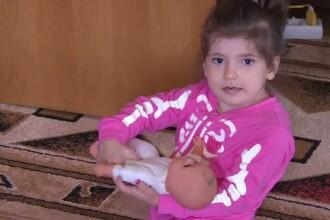 Ana s-a nascut fara o parte din piciorul drept si cu malformatii la coloana. Fetita are nevoie de ajutor pentru operatie