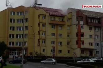 Panica intr-un bloc din Turda. Locuinta unui barbat a luat foc din cauza unei butelii de voiaj