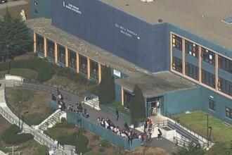 Atac armat in parcarea unei scoli din San Francisco. Patru persoane au fost ranite, politia vorbeste de mai multi suspecti