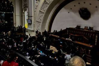 Parlamentul din Venezuela, in bezna chiar in timpul unei dezbateri despre electricitate.