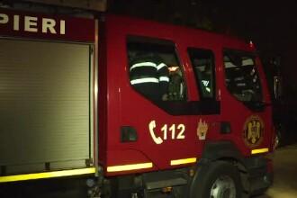 Panica intr-un bloc cu 8 etaje din sectorul 2, care a fost cuprins de un fum dens. Ce s-a intamplat