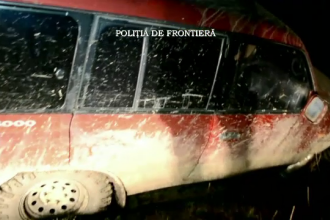 Un caine politist a murit in timpul unei misiuni. Ruv a fost lovit cu masina de un contrabandist, care incerca sa fuga