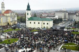 Mii de persoane au iesit in strada in Oradea, ca sa sustina familia traditionala. Participantii au cerut referendum. VIDEO