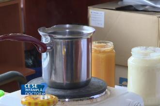 Marea diferență dintre miere și zahăr. De ce nu e bine să puneți miere în ceaiul fierbinte