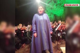 Atmosfera de vis in pestera Romanesti din Timis. 3000 de oameni au asistat la un concert al Filarmonicii Banatul