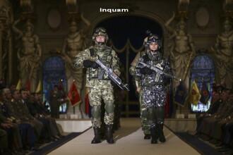 Noua tinuta combat a Armatei Romaniei, prezentata oficial. Defilarea a fost transmisa LIVE pe Facebook de MapN