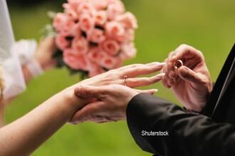 S-au casatorit, dar barbatul a decedat a doua zi, din cauza cancerului. Ce omagiu i-a adus sotia sa