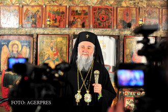 DNA ar ancheta un al doilea arhiepiscop ortodox, dupa IPS Teodosie. Procurorii au solicitat oficial Mitropoliei documente