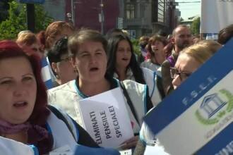 Protest al cadrelor didactice in Prahova. De ce spun că măririle de salarii sunt o păcăleală