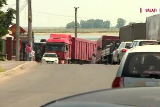 Fără pod peste Dunăre din cauza politicienilor cu acţiuni la bac. Primăria Galaţi a investit doar într-un clip de 12 secunde