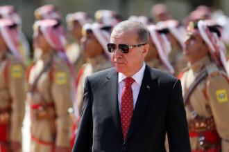 Închisoare pe viaţă pentru 39 de turci care ar fi încercat să-l asasineze pe Erdogan
