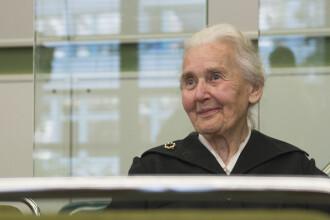 """""""Bunica nazistă"""", condamnată la închisoare pentru că susține că Holocaustul nu a existat"""