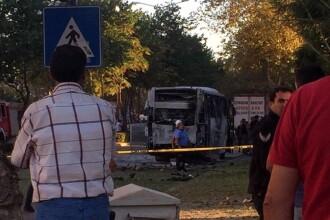 Cel puţin 12 poliţişti aflaţi la bordul unui autobuz, răniţi într-o explozie
