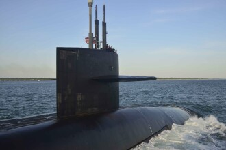 Doi marinari americani de pe submarine nucleare, morţi din cauze misterioase