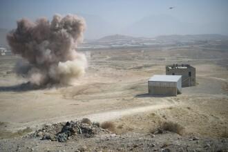 Atentat sinucigaș în Afghanistan: 43 de soldați au fost uciși
