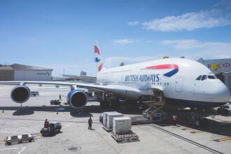 Aterizare de urgenţă a unui zbor British Airways. Echipajul a fost dus la spital