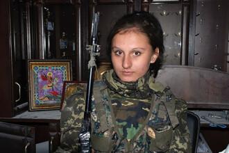 """Lunetista cunoscută sub porecla """"Albă ca Zăpada"""" a fost ucisă în Ucraina de un alt lunetist"""