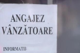 Unde sunt meseriașii? Un oraș din România este plin de afișe cu anunțuri de angajare