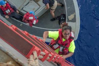 Două femei au fost salvate după ce au plutit în derivă cinci luni