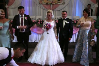 Femeia indoneziana care cauta om pentru nunta caut femei in varsta caut femeie pt ingrijire femeie in varsta
