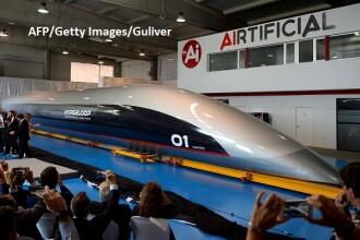 Viitorul transportului de călători începe azi. Capsula care atinge 1.200 km/oră, prezentată în Spania