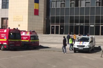 Un bărbat a murit după ce a căzut în gol de la etaj, în Tribunalul Bucureşti