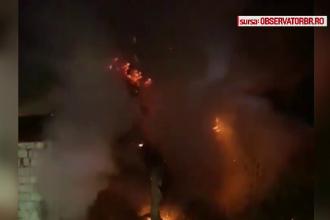 Incendiu urmat de o explozie, în Brăila. O bătrână a ajuns la spital