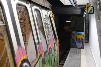 Femeie prinsă între metrou şi peron, într-o staţie din Bucureşti