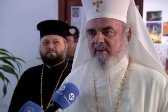 """Ce le-a oferit patriarhul Daniel celor din secția de votare: """"Un drept și o binecuvântare"""""""