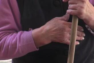 O bătrână din Iași fost înșelată cu 33.000 €. Povestea cu care a fost păcălită